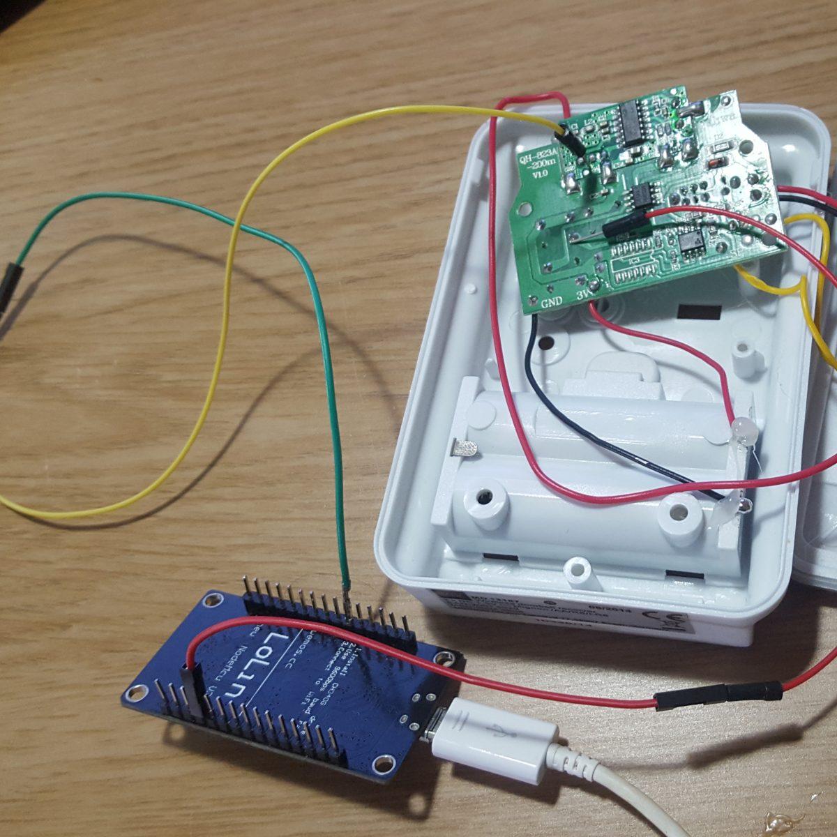 Cheap MQTT Doorbell using NodeMCU ESP8266 V3